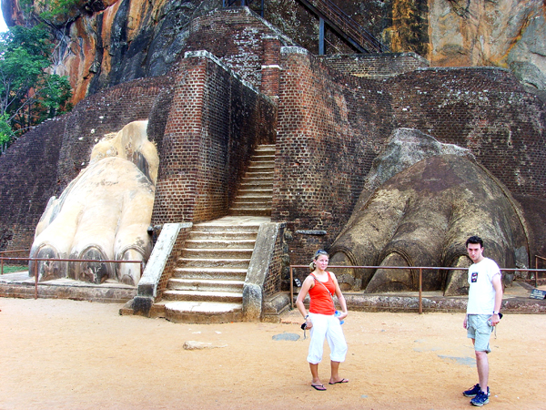 Sigiriya Rock, lions gate