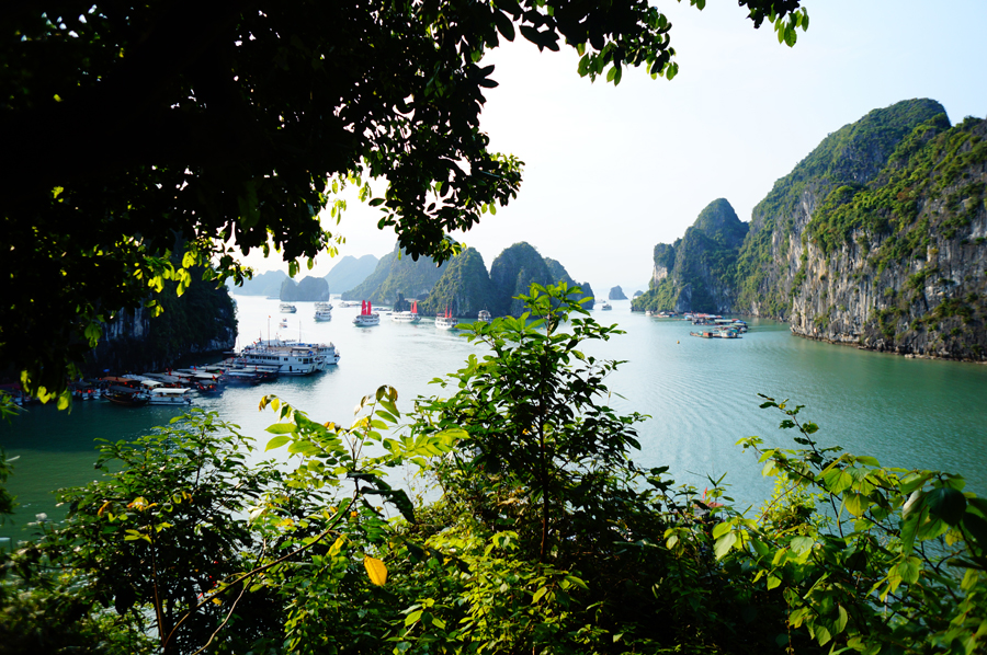 Ha Long Bay 1