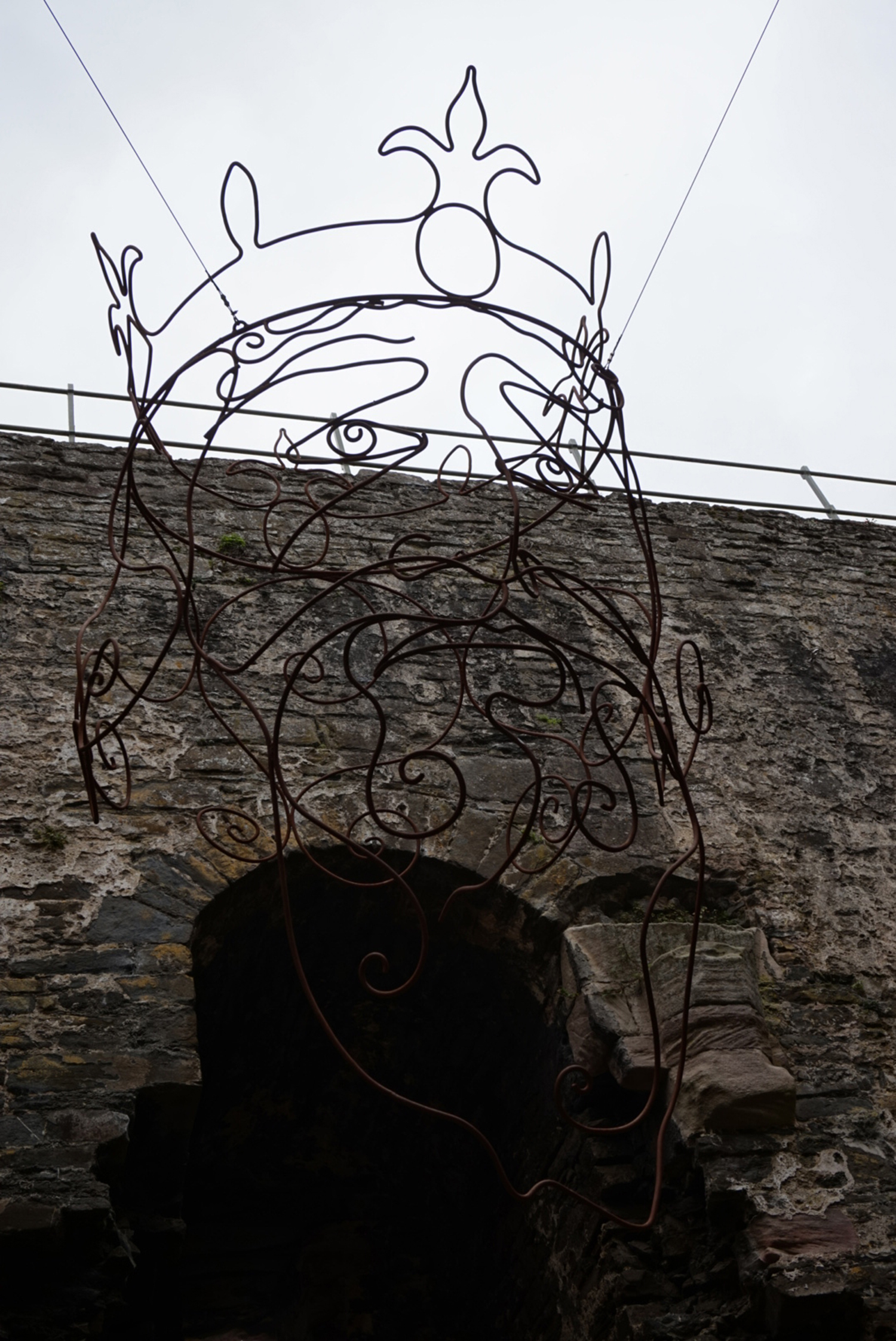 Conwy Castle hanging head