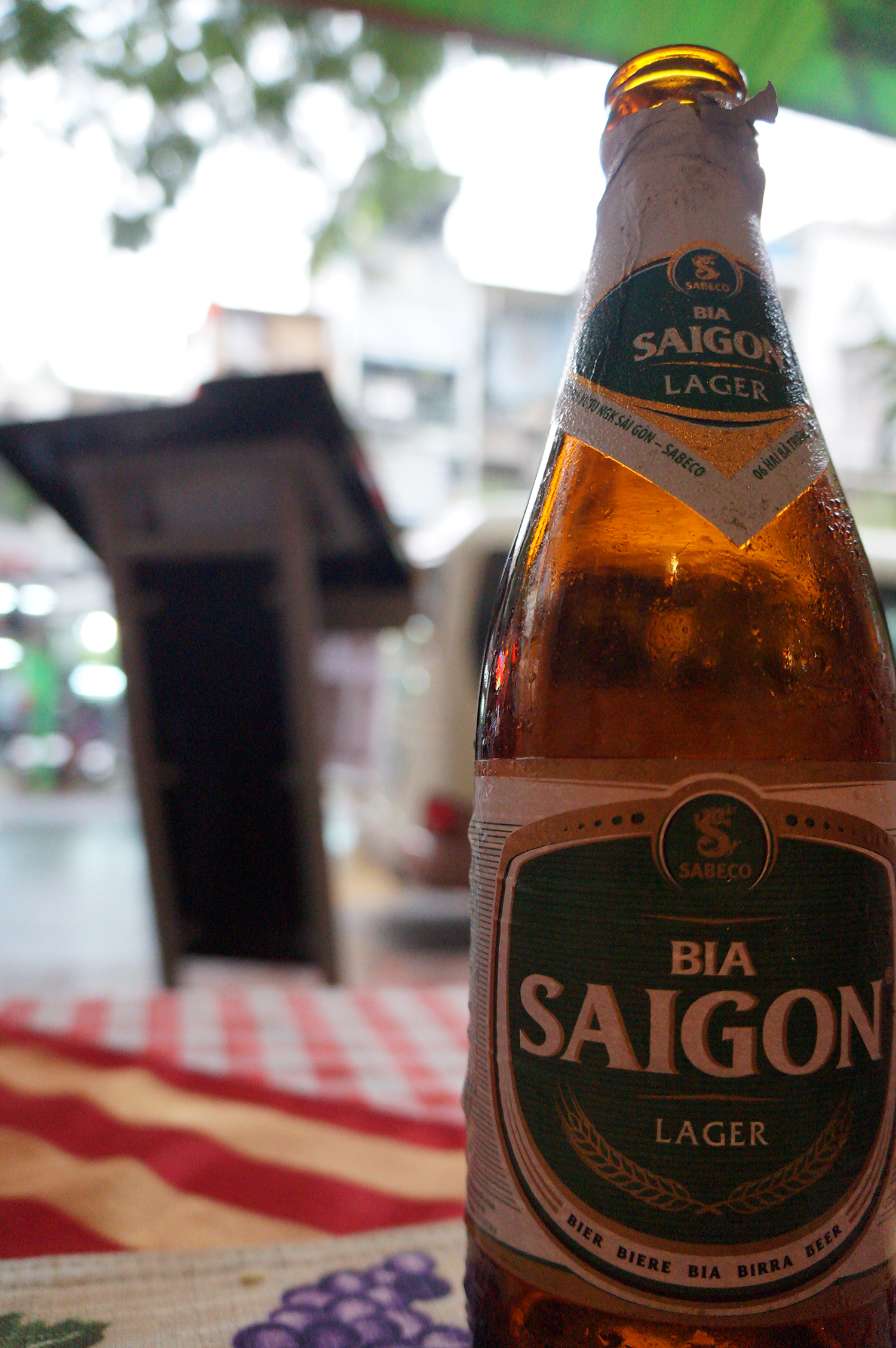siagon_beer_large_bottle